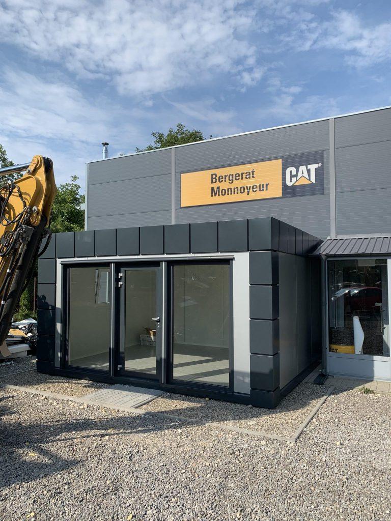 Modułowe kontenery pracownicze – tanie i funkcjonalne zaplecze na placu budowy